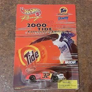 Mattel Hot Wheels Tide Racing NASCAR Collector's E